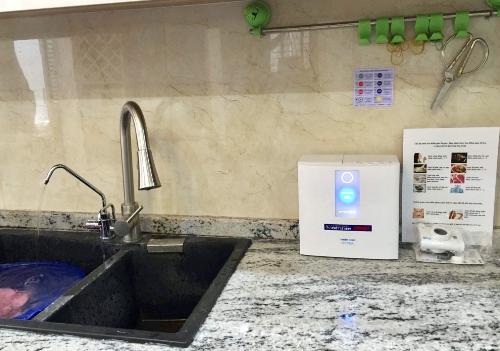 Hình ảnh lắp đặt thực tế tại bếp ăn gia đình dòng máy Trimion Hyper.