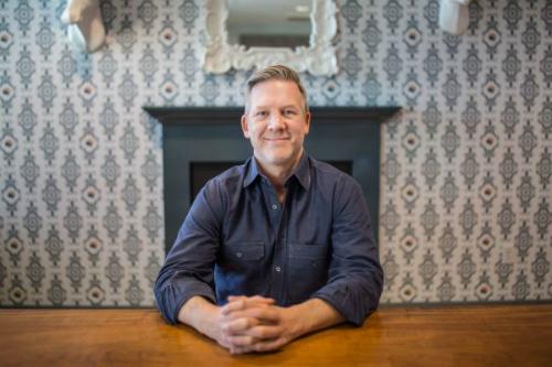 Chris Terrill - CEO mảng thị trường thương mại điện tử của ANGI Homeservices