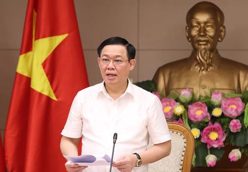 Phó thủ tướng Vương Đình Huệ nhận định lạm phát tháng 6 không có gì bất thường. Ảnh: VGP