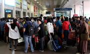 Phó thủ tướng: Không tăng giá vé máy bay, tàu hỏa lúc 'người đông, đò đầy'