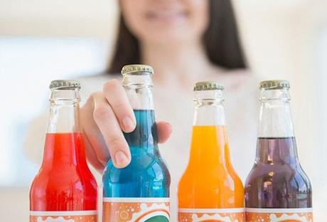 Bộ Tài chính đang đề xuất áp thuế tiêu thụ đặc biệt 10% với mặt hàng đồ uống có đường, trừ sữa.