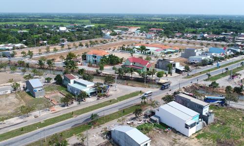 Một dự án đã hoàn thiện hạ tầng tại Đức Hòa (Long An) liên tục hút nhà đầu tư Sài Gòn trong 6-12 tháng qua. Ảnh: Hà Thanh