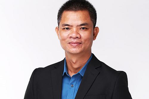 Ông La Quốc Phong, Giám đốc công ty tư vấn du học và đào tạo Huấn Nghệ.