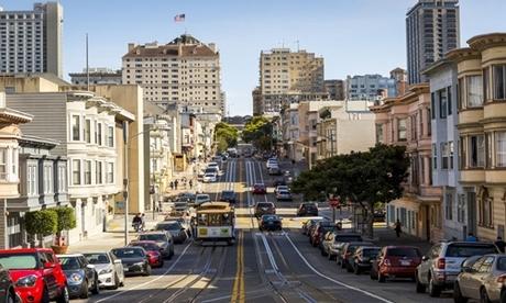 Đường phố đông đúc tại San Francisco. Ảnh: AFP