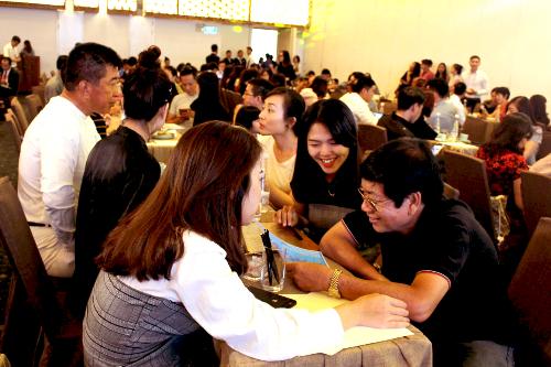 Đội ngũ chuyên viên tư vấn chuyên nghiệp của SmartRealtors luôn mang đến cho khách hàng sự lựa chọn tốt nhất.