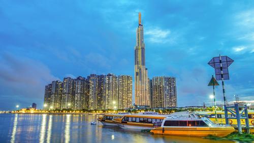 VinMart diện mạo hoàn toàn mới nằm trong LandMark 81 - toà nhà cao nhất Việt Nam.