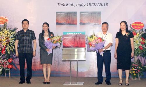 Lễ ra mắt thẻ đồng thương hiệu ABBank - EVNNPC PC Thái Bình tại Thái Bình.