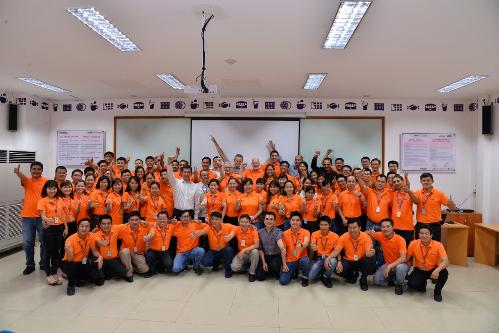 Doanh nghiệp thường xuyên tổ chức các buổi đào tạo kỹ năng cho đội ngũ do các chuyên gia từ nước ngoài đến Việt Nam giảng dạy.
