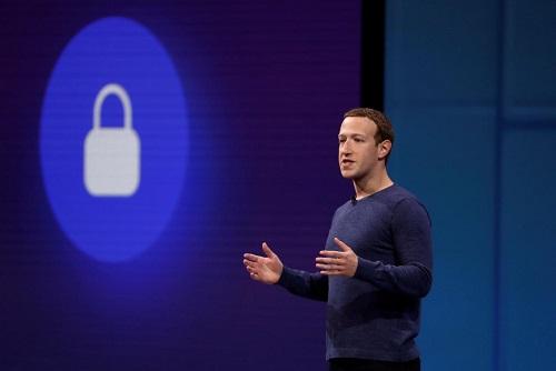 CEO Facebook Mark Zuckerberg phát biểu tại hội nghị F8 dành cho các nhà phát triểnđầu năm nay. Ảnh: Reuters