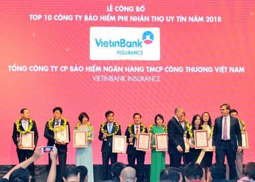 Bảo hiểm VietinBank là một trong những đơn vị giành giải Top 10 Công ty Bảo hiểm uy tín nhất Việt Nam 2018.