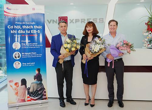 Các chuyên gia tại Tòa soạn VnExpress. Ảnh: Tuấn Nhu.