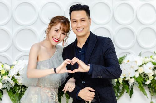 Nam diễn viên Việt Anh và ca sĩ Quế Vân vướng tin đồn có quan hệ tình cảm trên mức đồng nghiệp.