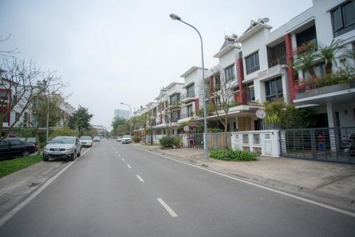 Gamuda Gardens đang dần hoàn thiện về hạ tầng.Thông tin liên hệ hotline: 0943 573 246 - 0902178088.