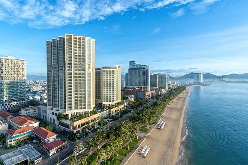 The Costa Nha Trang nằm ngay trên cung đường vàng Trần Phú hướng Vịnh Nha Trang tuyệt đẹp.