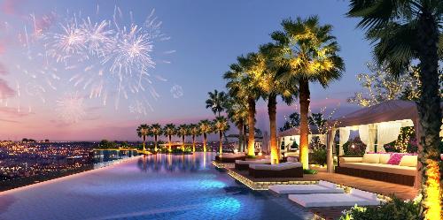 Hình ảnh bể bơi panorama tuyệt đẹp tại Sunshine City.Website: http://city.sunshinegroup.vn/