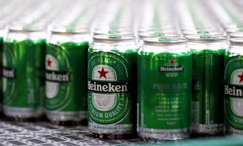 Heineken hiện chỉ chiếm 0,5% thị phần bia tại Trung Quốc. Ảnh: Reuters