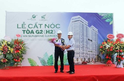 Sunshine Garden đã hoàn tất cất nóc 3 tòa nhà, gấp rút thi công để bàn giao nhà cho cư dân.