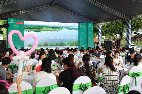 Gần 300 khách hàng tham dự chương trình Mở bán chính thức liền kề Dahlia Homes - Gamuda Gardens.