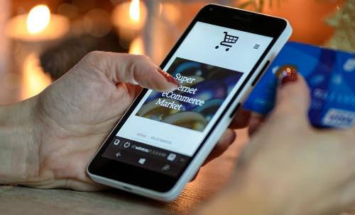Kiểm soát hàng bán trên trang thương mại điện tử
