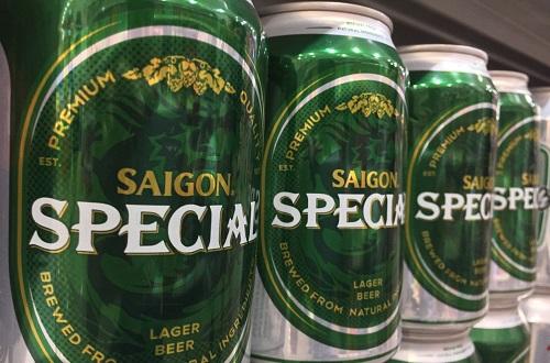 Bia Sài Gòn được bày bán tại một siêu thị Hà Nội. Ảnh: Anh Tú