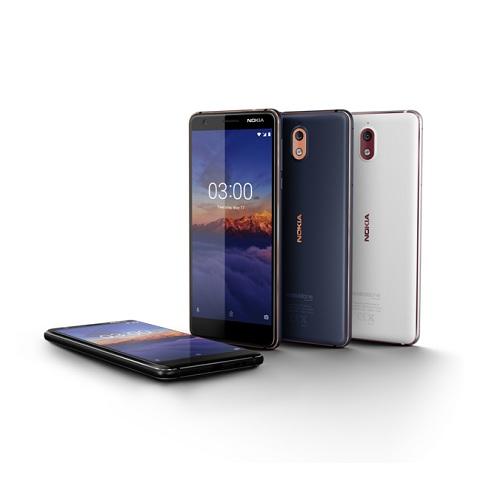 Nokia 3.1 có màn hình 5.2 inch, tỷ lệ 18:9 và sử dụng mặt kính cong chống trầy xước Gorilla Glass