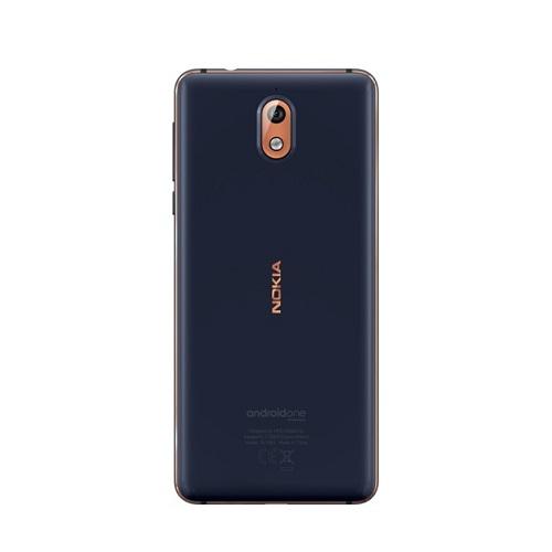 Người dùng khi cầm chiếc điện thoại Nokia 3.1, sẽ yên tâm về độ chắc chắn và thoải mái khi thao tác bằng một tay. So với phiên bản tiền nhiệm, Nokia 3.1 phiên bản mới được tối ưu hóa kích thước với màn hình 5.2 inch, tỷ lệ 18:9 và sử dụng mặt kính cong chống trầy xước Gorilla Glass. Sự thay đổi này mang lại cho người dùng những trải nghiệm thoải mái khi giải trí như xem phim hay lướt web, đọc tin tức...