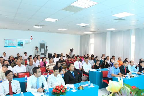 Ngân hàng TMCP Kiên Long (Kienlongbank) vừa tổ chức lễ quay số chương trình khuyến mại Hè rộn ràng - Ngập tràn quà tặng, tìm ra 340 khách hàng trúng thưởng.