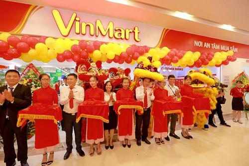 Lễ cắt băng khai trương Siêu thị Vinmart tại Vincom Plaza Trần Phú.
