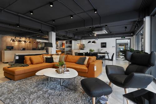 Thương hiệu nội thất Đan Mạch AConcept Hà Nội tọa lạc trong Trung tâm phức hợp An Cường One - Stop Shopping Cente.