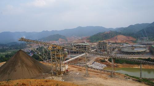 Mua lại 49% nhà máy chế biến hoá chất vonfram hàng đầu thế giới từ H.C.Starck: Bước đi chiến lược của Masan Resources(xin bai edit)