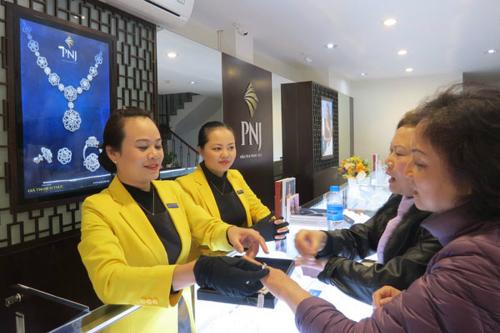 Công ty PNJ vừa điều chỉnh hồi tố khoản dự phòng Ngân hàng Đông Á.