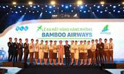 https://kinhdoanh.vnexpress.net/tin-tuc/doanh-nghiep/bamboo-airways-cho-giay-phep-de-cat-canh-vao-thang-10-3794972.html