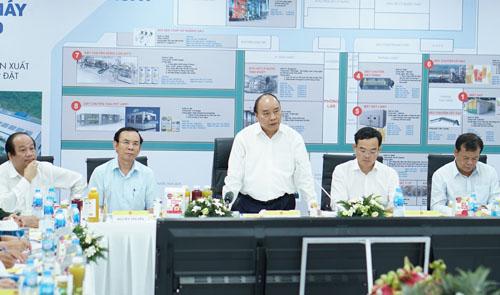 Thủ tướng làm việc tại Nhà máy chế biến nông sản Tanifood.