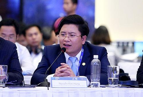 Ông Nguyễn Kim Hùng đưa ra thực trạng huy động vốn của doanh nghiệp.