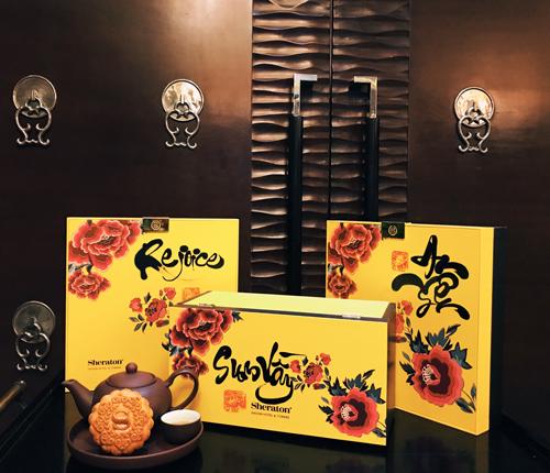 ững chiếc bánh này đều do chính các đầu bếp của khách sạn Sheraton Sài Gòn tự tay làm với các nguyên liệu chọn lọc kỹ lưỡng