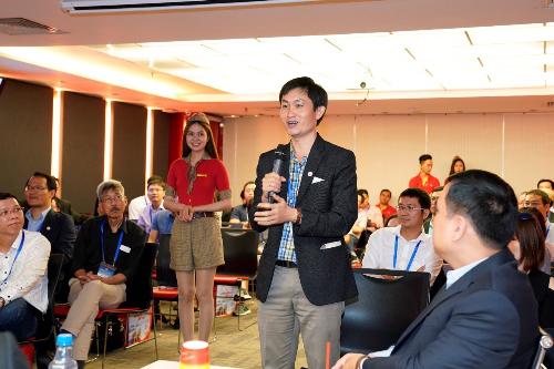 100 chuyên gia, nhà khoa học Việt Nam ở nước ngoài đến thăm Vietjet - 4