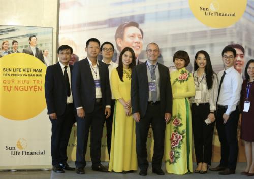 Năm 2017, Sun Life Việt Nam vinh dự được Tạp chí Tài chính Quốc tế (IFM) Vương quốc Anh trao tặng danh hiệu Công ty Bảo hiểm tăng trưởng nhanh nhất Việt Nam