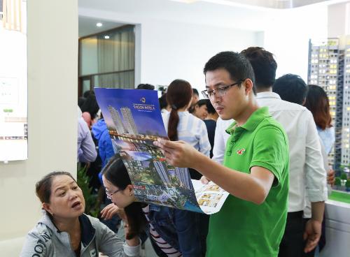 Khu căn hộ thông minh ven sông Saigon Intela thu hút đông đảo khách hàng quan tâm.