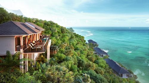 Biệt thự biển Banyan Tree Residences tại khu phức hợp nghỉ dưỡng Laguna Lăng Cô sở hữu tầm nhìn bao trọn vịnh Lăng Cô tuyệt đẹp.