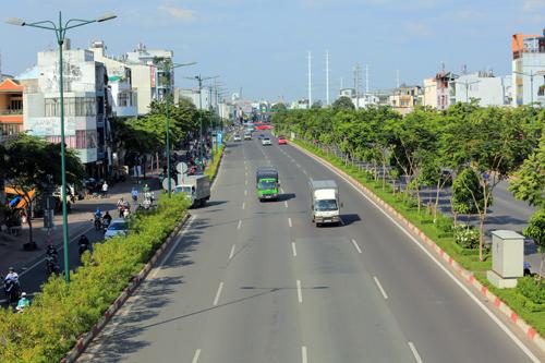 Một góc đại lộ Phạm Văn Đồng - tuyến đường được mệnh danh là đẹp nhất TP HCM.