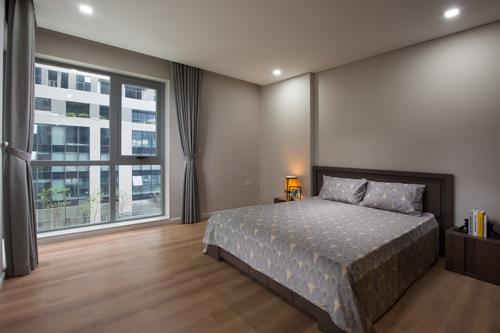 Ánh sáng và gió trời cũng có thể tràn vào phòng ngủ nhờ thiết kế thông minh.