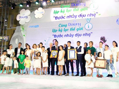 2.000 trẻ em tham gia lập kỷ lục thế giới