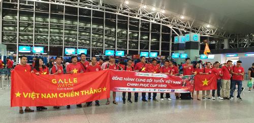 Đoàn Galle Watch sang Indonesia cổ vũ cho đội tuyển Olympic Việt Nam.