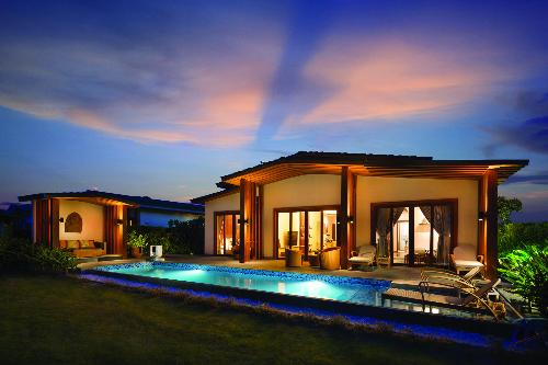 Mövenpick Resort Cam Ranh - Một trong những dự án nghỉ dưỡng quần tụ sự quan tâm của giới thượng lưu