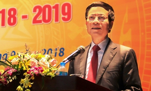 Quyền Bộ trưởng Thông tin & Truyền thông Nguyễn Mạnh Hùng. Ảnh: Bộ TT&TT