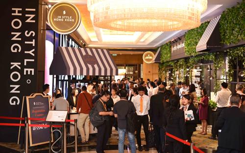 Sản phẩm trưng bày tại triển lãm In Style. Hong Kong đến từ những nhãn hiệu và nhà thiết kế hàng đầu đặc khu hành chính này. Thông tin chi tiết tại đây hoặc tại đây.