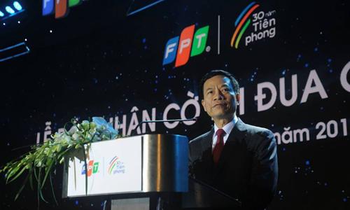 Quyền Bộ trưởng Thông tin & Truyền thông Nguyễn Mạnh Hùng.