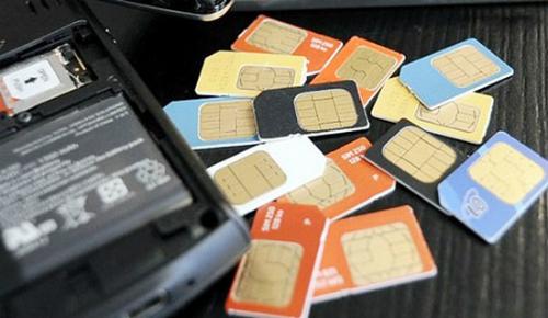 Ngân hàng có thể ứng dụng công nghệ điện tử như internet Banking, SMS Banking để khách đăng ký thay đổi thuê bao 11 số về 10 số.
