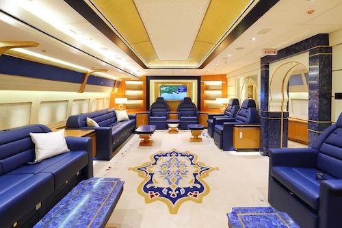 Khoang hành khách số 1 của chiếc Boeing 747-8 VIP.