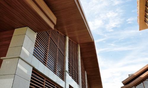 4 thiết kế biệt thự sử dụng gỗ nhựa composite ngoài trời